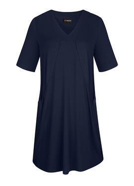 Качественное платье-рубашка