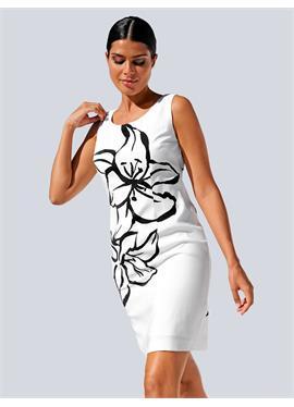 Пляжное платье с цветочным силуэтом