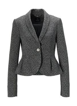 Короткий пиджак с баской из структурированного джерси.