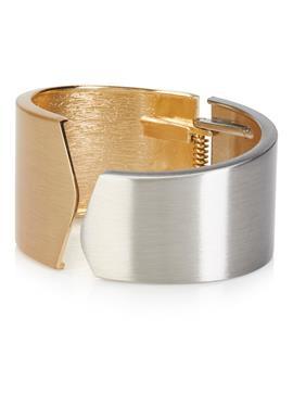 Металлический браслет с застежкой