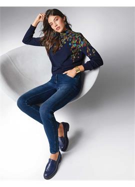 Пуловер с Blätterdruck в Merinoqualität