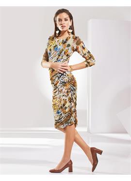 Платье-футляр с принтом и длинными рукавами