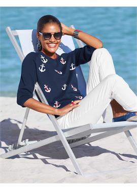Пуловер с принтом в морском стиле
