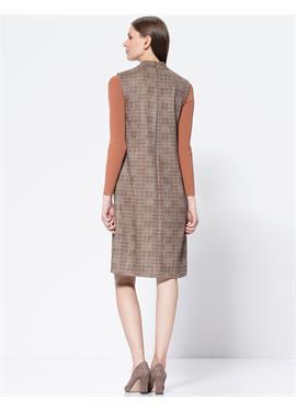 Платье в клетку с карманами