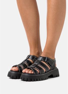 ZANDIA - сандалии