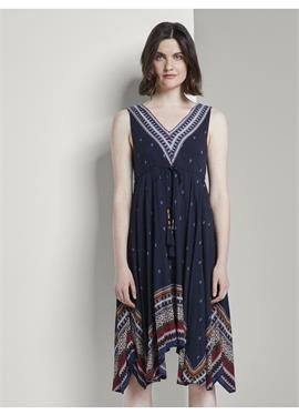 TOM TAILOR платья & JUMPSUITS LUFTIGES TUCHLEID с MUSTERUNG - платье