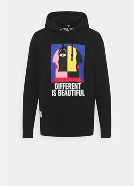 MARCO OGGIAN X TIWEL DIFFERENT - пуловер с капюшоном