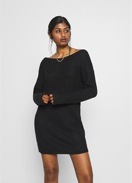 OFF SHOULDER JUMPER DRESS - вязаное платье