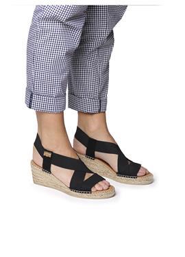TINA - сандалии с ремешком