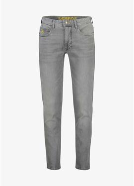 JAN - джинсы свободный крой
