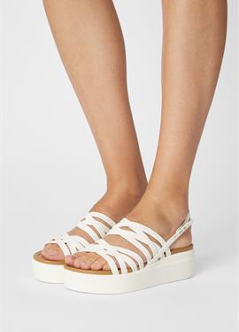 BROOKLYN STRAPPY - сандалии
