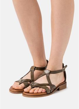 GITHA - сандалии с ремешком