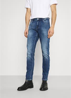 CHRIS - джинсы зауженный крой