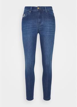 CELIA - джинсы Skinny Fit