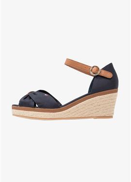 ICONIC ELBA SANDAL - сандалии