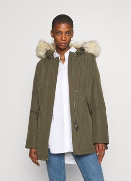 FUNDY BAY - пальто