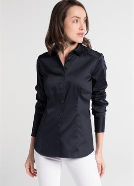 Зауженный крой - блузка рубашечного покроя