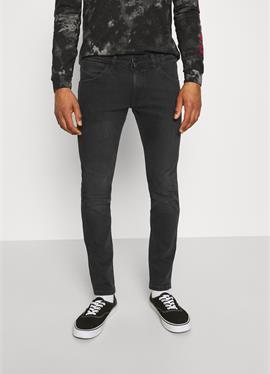 BRYSON - джинсы зауженный крой