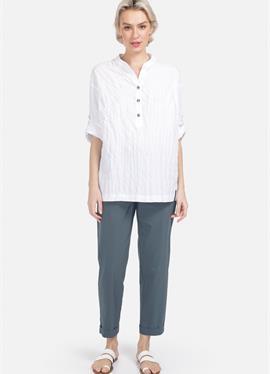С стоячий воротник - блузка