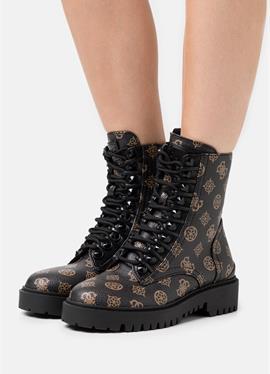 OXANA - полусапожки на шнуровке
