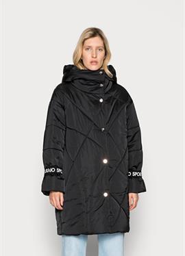 IMBOTTITO OVATT LUNG - зимнее пальто