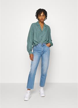 NATALIE BLOUSE - блузка рубашечного покроя