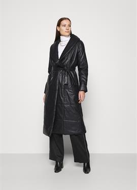 BELTED PUFFER COAT - Klassischer пальто