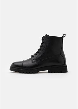 ALPERTON - полусапожки на шнуровке