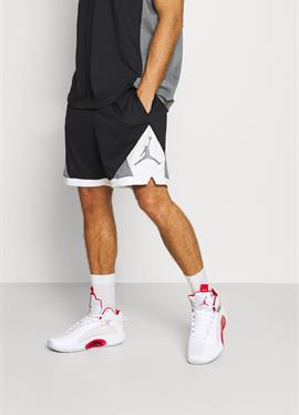 DRY AIR DIAMOND шорты - kurze спортивные брюки