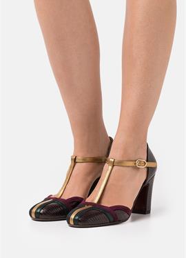 WANDER - женские туфли