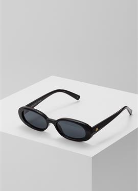 OUTTA LOVE - солнцезащитные очки