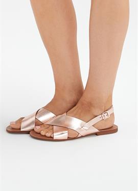 FOREVER COMFORT® CROSS FRONT SLINGBACKS - сандалии с ремешком