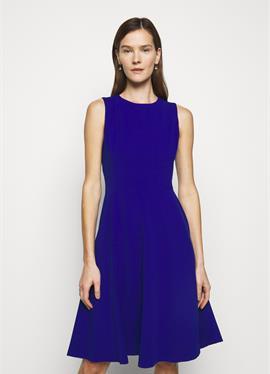 LUXE TECH DRESS - платье из джерси