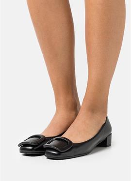 ODETTE - женские туфли