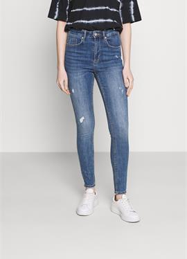 VMSOPHIA - джинсы Skinny Fit