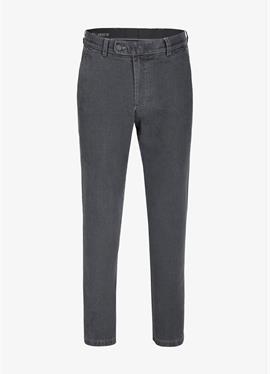 Style 526 - джинсы Straight Leg