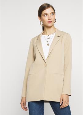 TARA - короткое пальто