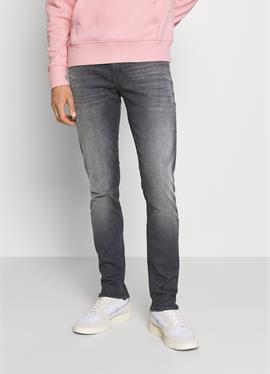 OZZY в POWER STRETCH - джинсы зауженный крой