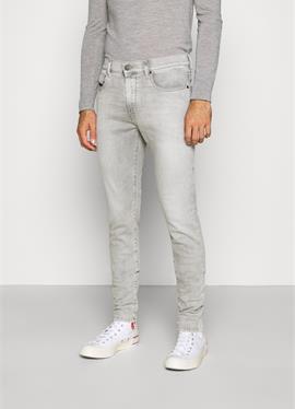 D-STRUKT - джинсы зауженный крой