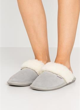 LYDIA - туфли для дома