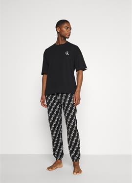 LOUNGE JOGGER - пижама
