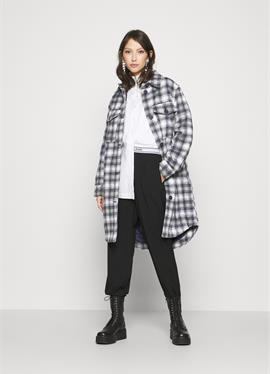 JDYTIK LONG CHECK куртка - Wollпальто/klassischer пальто