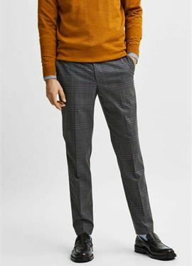 Зауженный крой - брюки для костюма