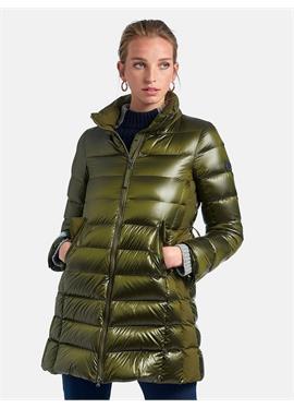 Стеганая пуховая куртка