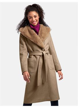 Пальто с Schalkragen