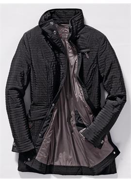 Длинная стеганая куртка с воротником-стойкой