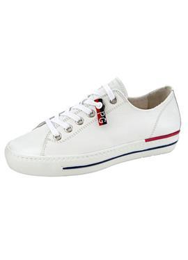 Обувь на шнуровке из высококачественной телячьей кожи.